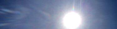 光が飛んでいる!! 空を彩るアートグラフィ